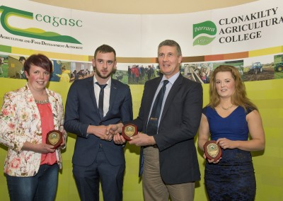Pictured at the presentation of the Southern Milling sponsored award for practical learning students in Clonakilty Agricultural College are PJ Hegarty, Southern Milling, (sponsor) with winners Ciaran Crowley, Ballineen, Diane Murphy, Bantry & Shauna O'Mahony, Kilbrittain.